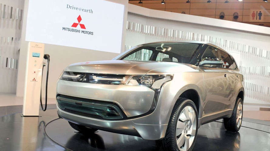 Mitsubishi planning plug-in hybrid crossover for 2013
