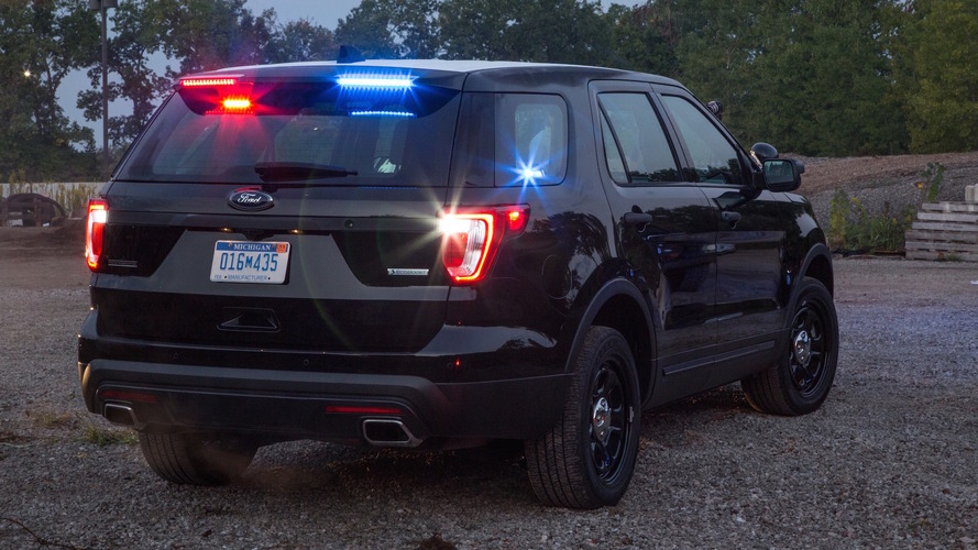 Ford Police Interceptor gets rear spoiler warning lights