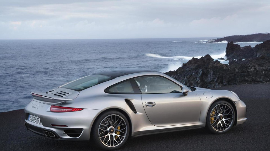 2014 Porsche 911 Turbo and Turbo S officially revealed [video]