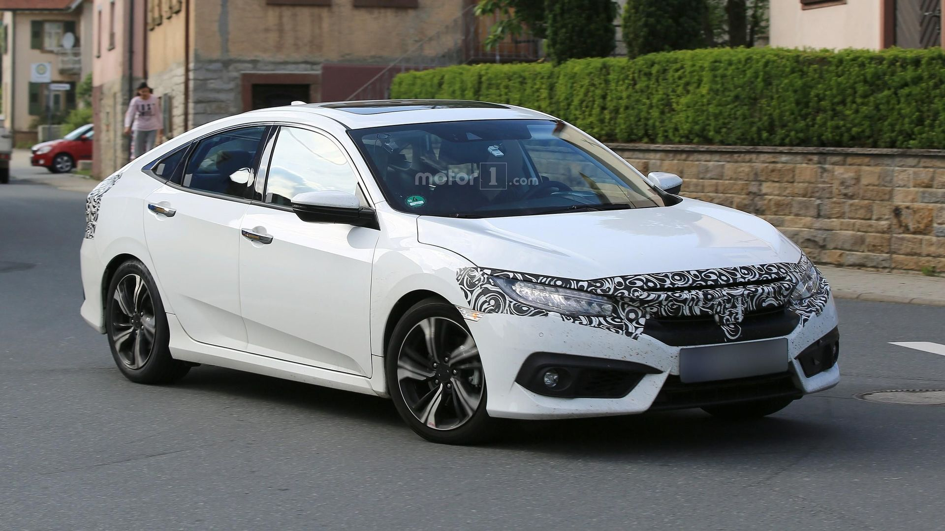 2017 Honda Civic sedan, hatchback getting ready for Europe