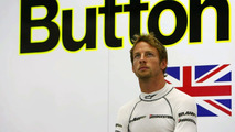 Button relaxed despite championship brink