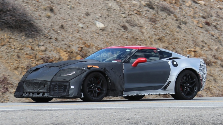 Chevy Corvette ZR1 spied in clearest photos yet