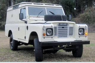 Auction Car of the Week: 1977 Land Rover Series III