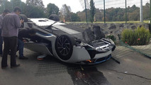 BMW i8 crashed in Mexico by a journalist