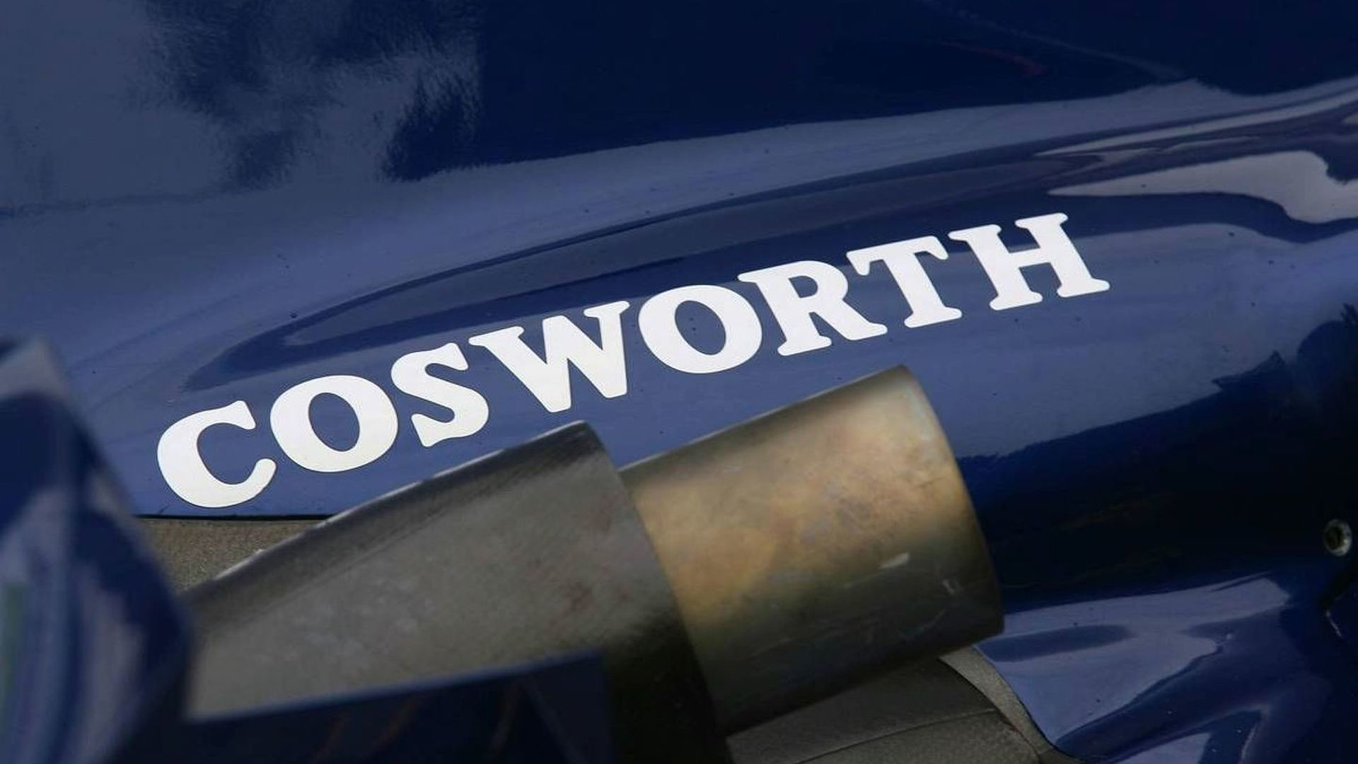 Cosworth backs HRT, 'working hard' for Williams