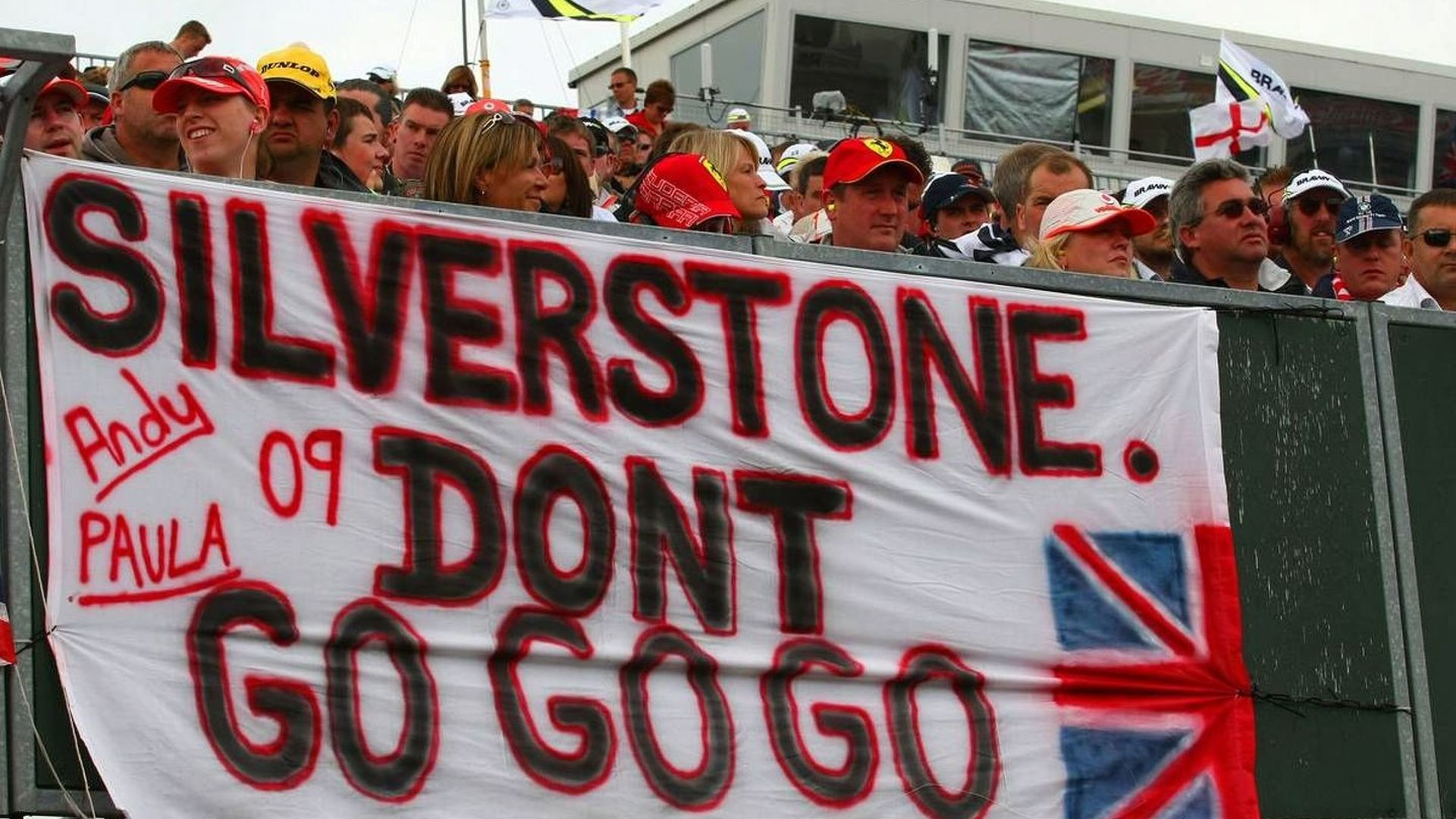 Silverstone can sign GP deal on Tuesday - Ecclestone