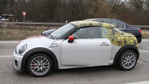 2012 MINI Coupe and MINI JCW Coupe spied on the road 16.03.2011