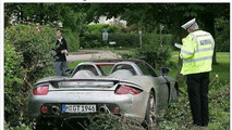 Father Hamilton Crashes Porsche Carrera GT