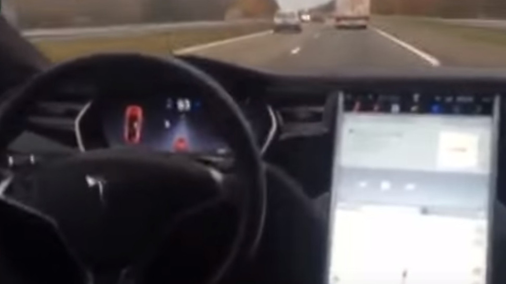 Man tries Tesla Autopilot from backseat, Musk says constraints are coming [video]