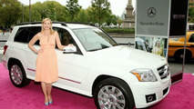 Kim Catrall and Mercedes GLK