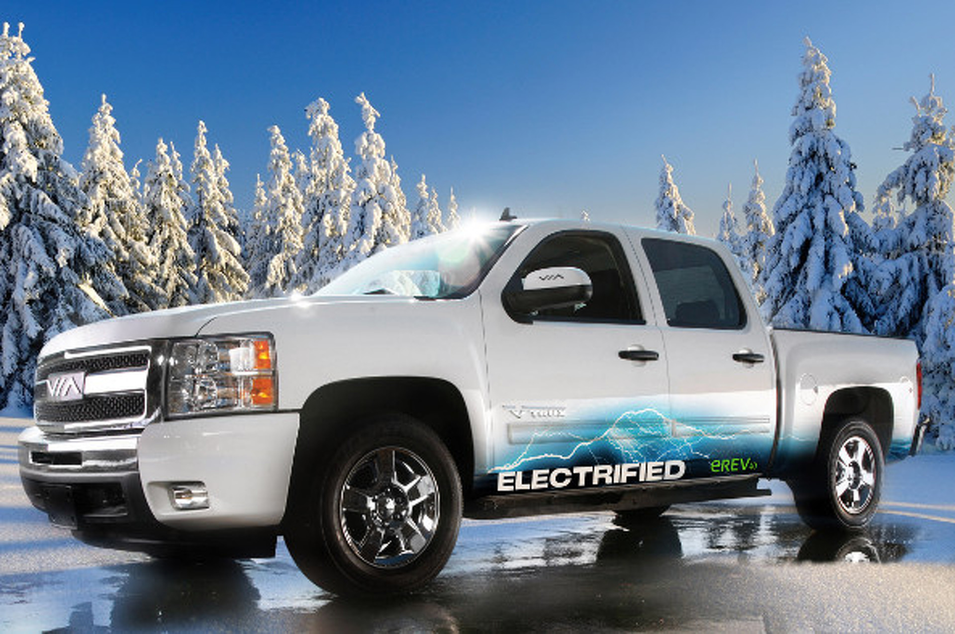 Electric Truck Company to Offer Solar Panel Bed Cover