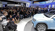 Volkswagen Cross Coupe GTE concept live at NAIAS