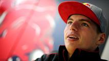Verstappen has seat fitting for Red Bull car