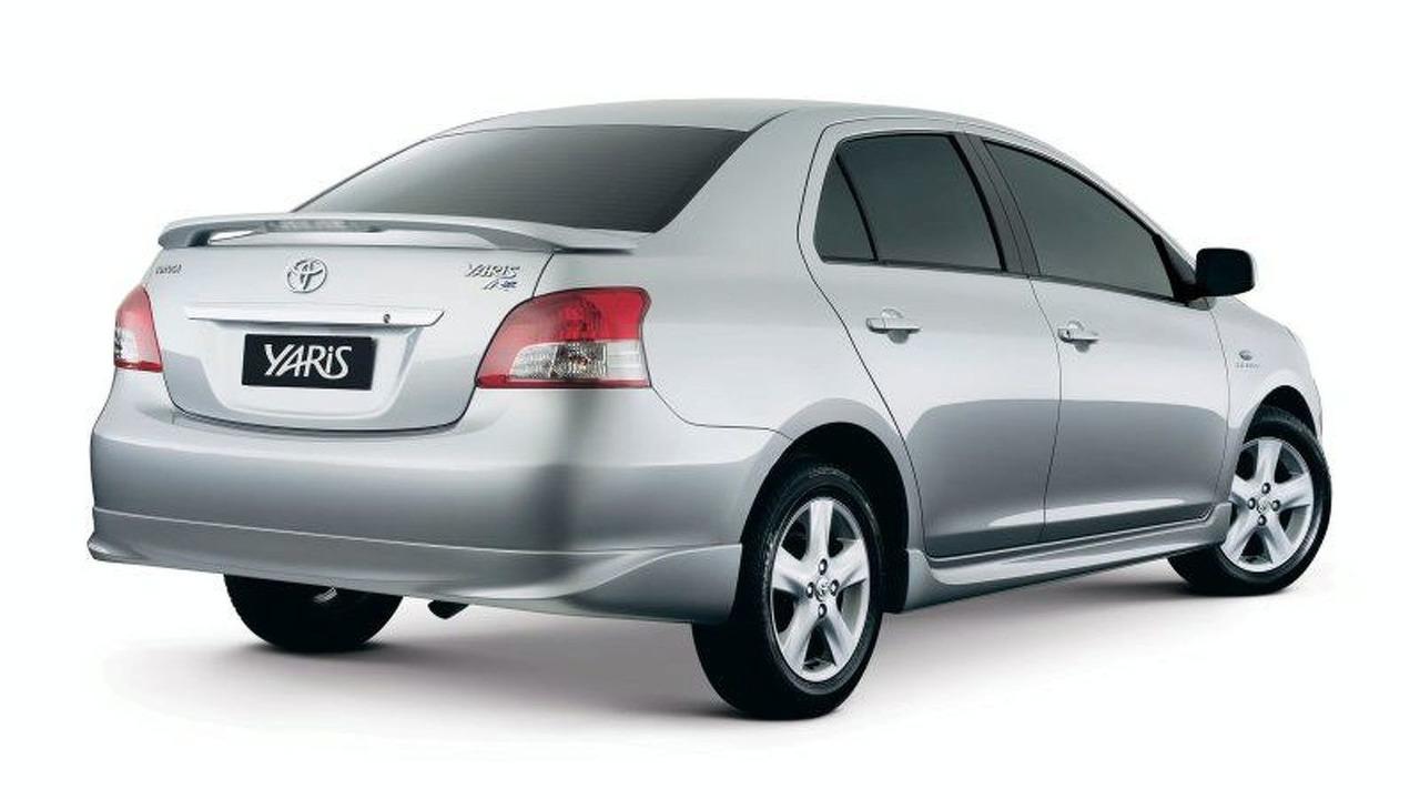 Toyota Yaris YRX