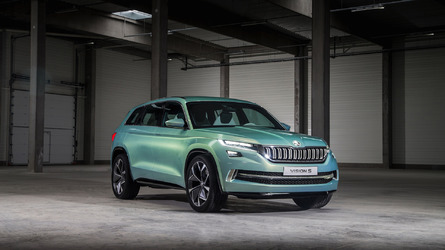 Skoda Superb, Kodiaq plug-in hybrids due in 2019