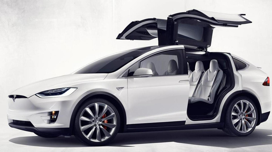 Tesla Model X officially revealed with 3.2 seconds 0-60 mph acceleration