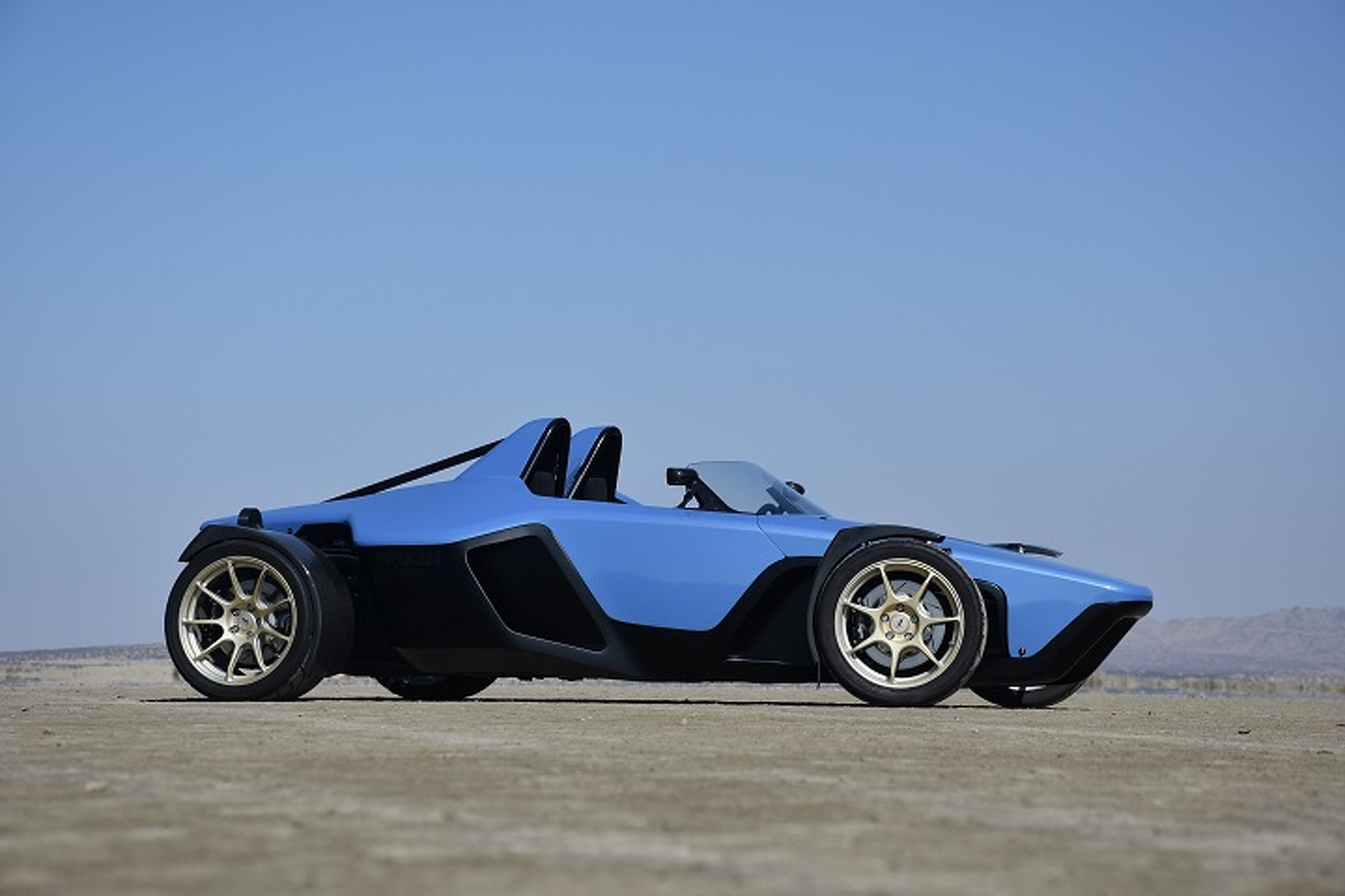 How do the Ariel Atom, BAC Mono, and Drakan Spyder Compare: Showdown