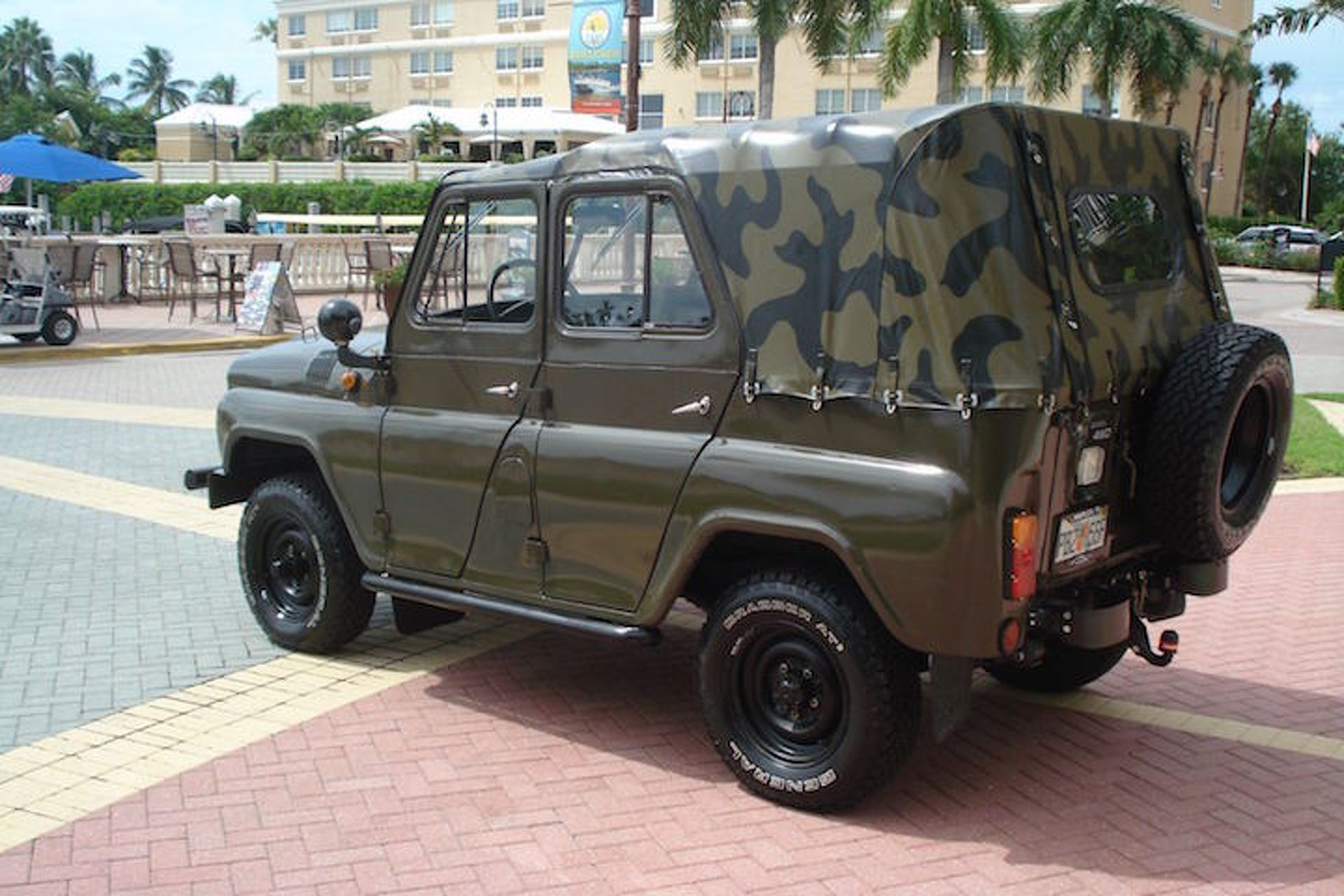 Here's That Soviet-Era 4x4 You've Always Wanted