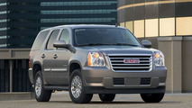 GMC Yukon Hybrid and Chevrolet Fuel Cell Equinox at Academy Awards