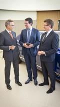 Bentley & Vertu team up to produce luxury smartphones