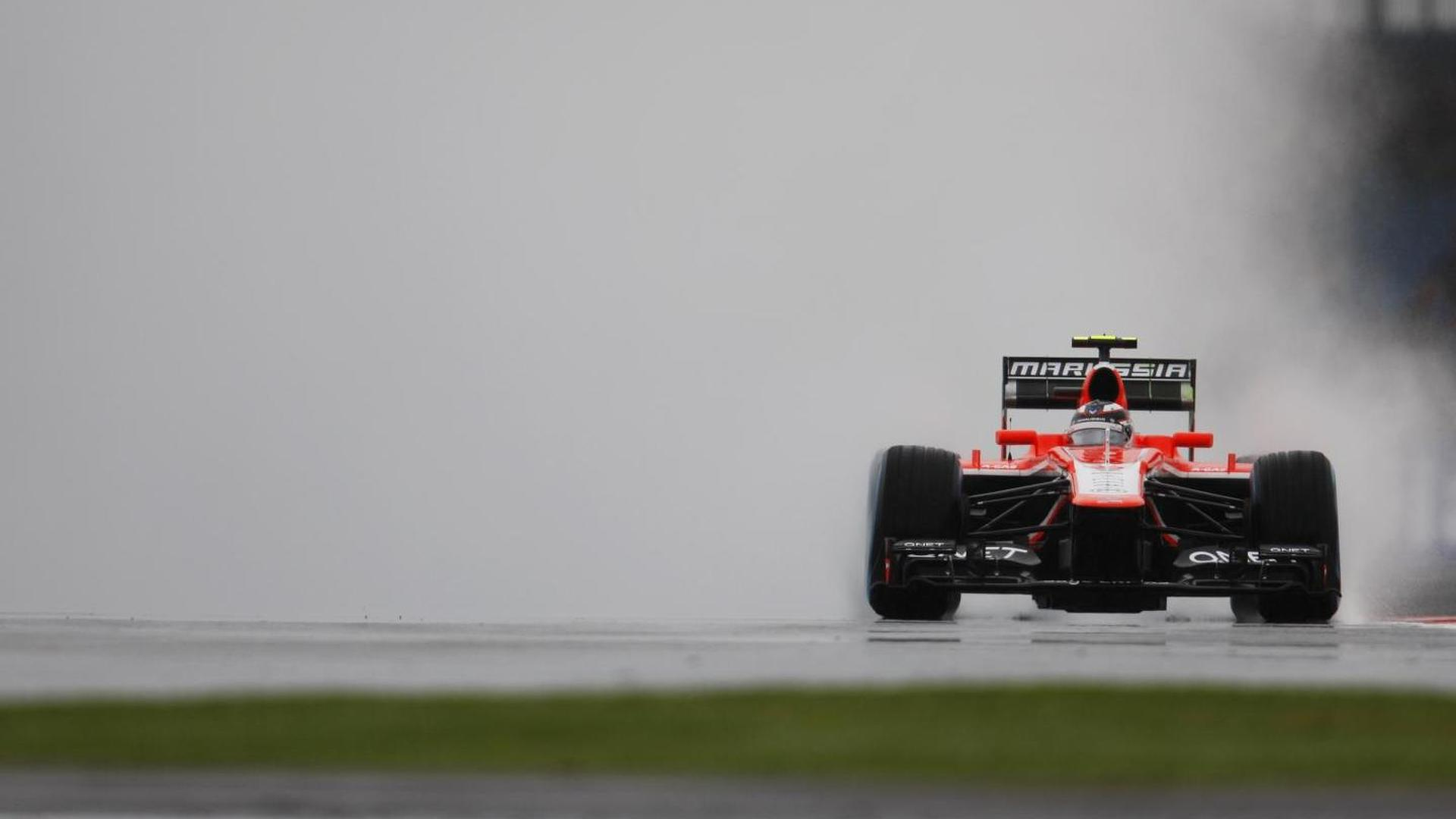F1 needs rule to stop 'disastrous' wet Fridays - Ecclestone