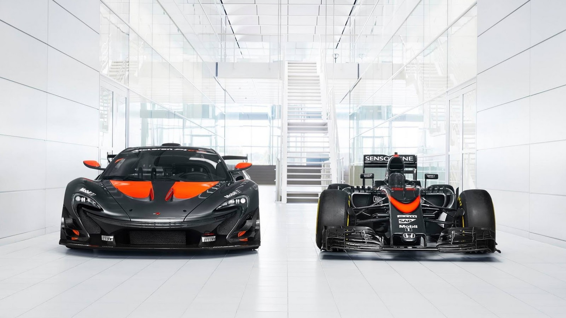 McLaren P1 GTR gets custom livery to match its F1 counterpart