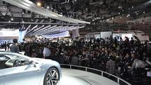Subaru Advanced Tourer Concept live in Tokyo 30.11.2011