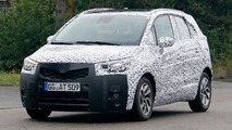 2017 Opel Meriva spy photos