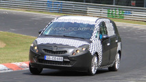 2012 Opel Zafira spied on Nurburgring for first time 05.07.2010