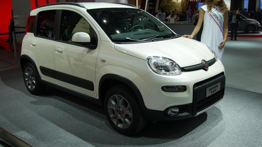 2013 Fiat Panda 4x4 showcased in Paris