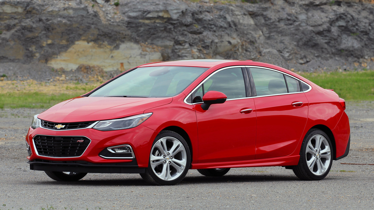 first drive 2016 chevy cruze. Black Bedroom Furniture Sets. Home Design Ideas