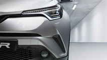 2016 Toyota C-HR production version