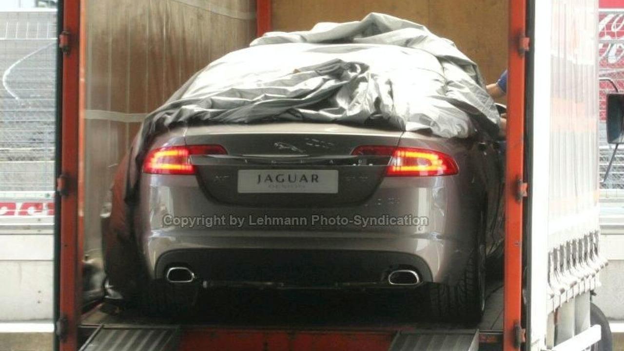 Jaguar XF Caught Undisguised