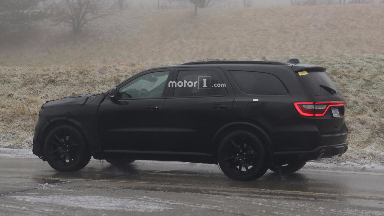 2011 - [Dodge] Durango / Magnum - Page 2 2018-dodge-durango-srt-spy-photos