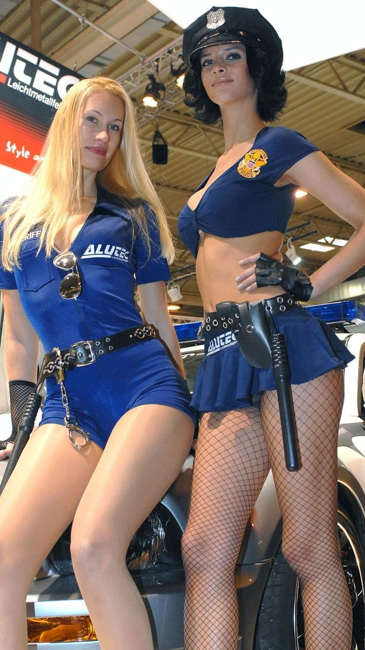 2008 Essen Motor Show Babes