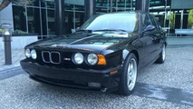 Black 1993 BMW M5 costs more than a brand new M5
