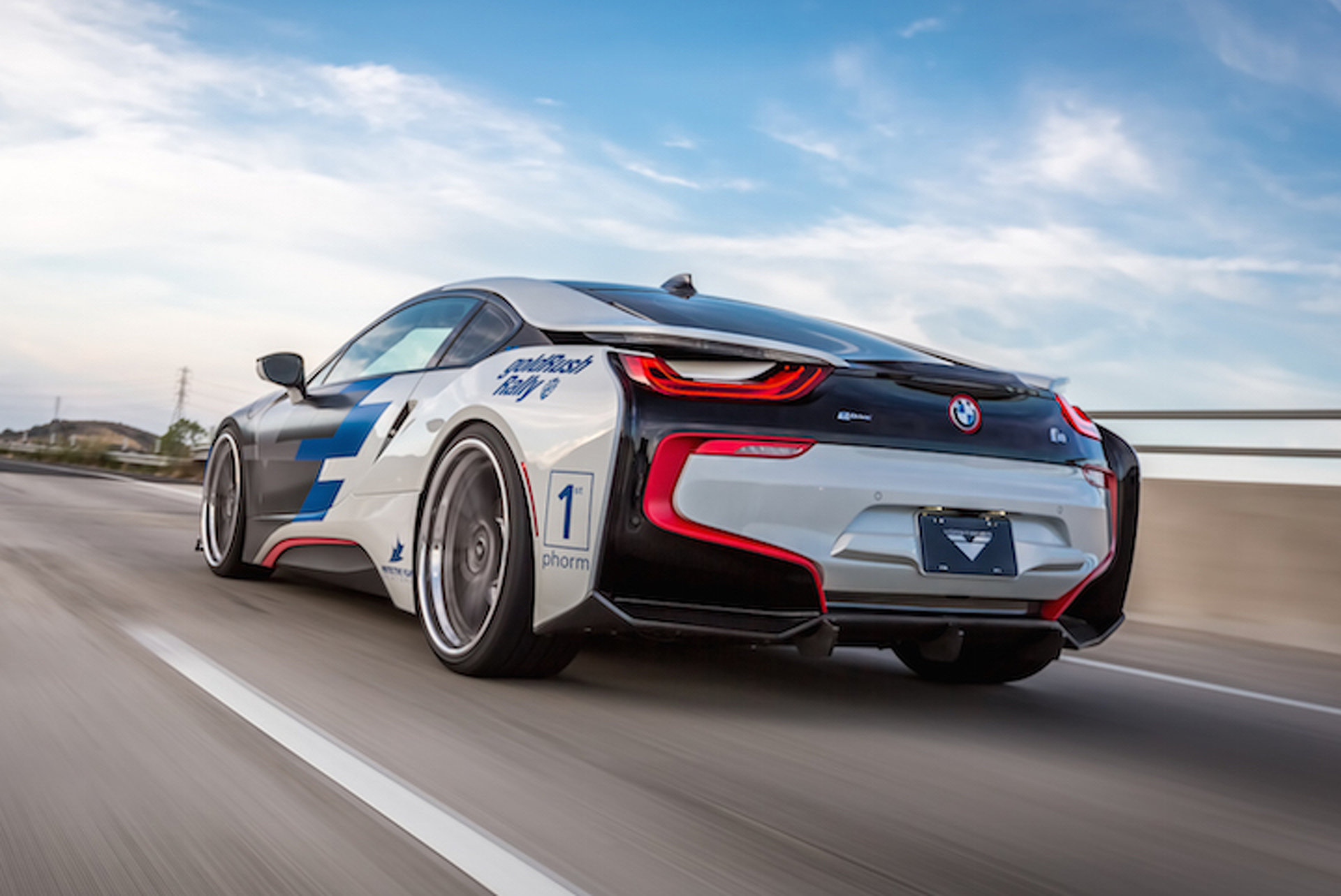 Vorsteiner BMW i8 Dolled Up in New Shoes, Subtle Aerodynamics