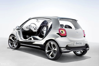 Smart Fourjoy Concept Scoots Its Way into Frankfurt