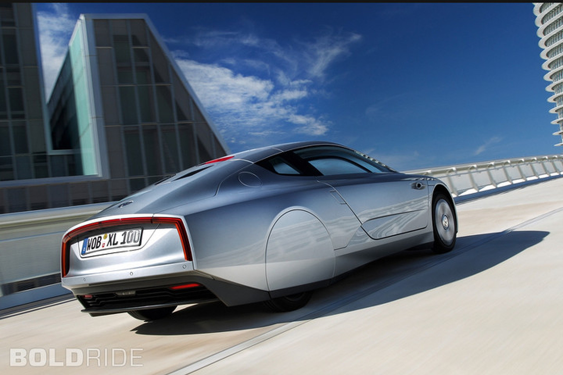 You Won't Believe the Price of the Volkswagen XL1 Hybrid