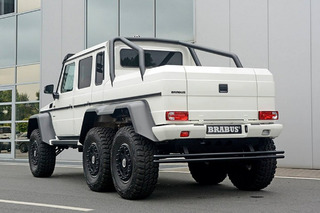 Dan Bilzerian Now Owns a Mercedes 6X6, Of Course