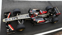 FIA tells Lotus front suspension layout illegal