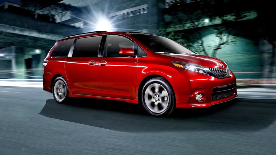 Toyota Sienna recalled for side doors than can slide open