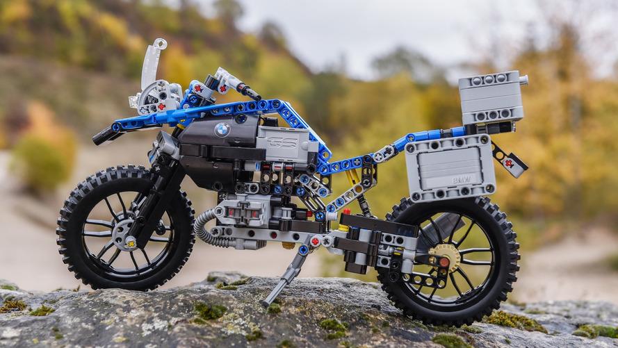 BMW Motorrad lança R1200 GS em 603 peças... de Lego