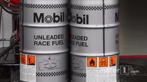 Red Bull lures McLaren's oil partner away
