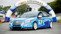 Chevrolet debuts 2011 WTCC Cruze with new 1.6 turbo