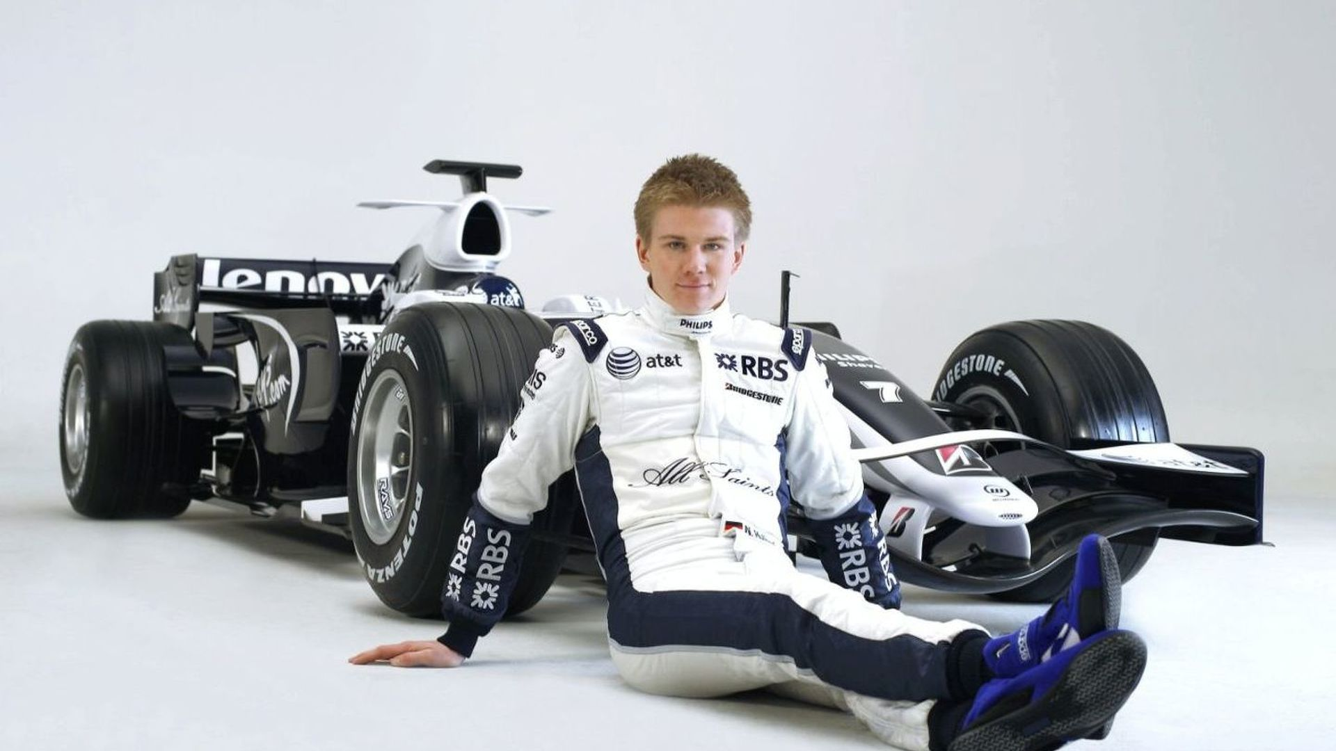 Williams to decide on 2010 drivers soon