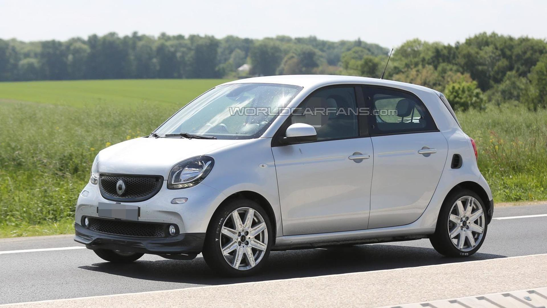 2016 Smart ForFour by Brabus makes spy photo debut