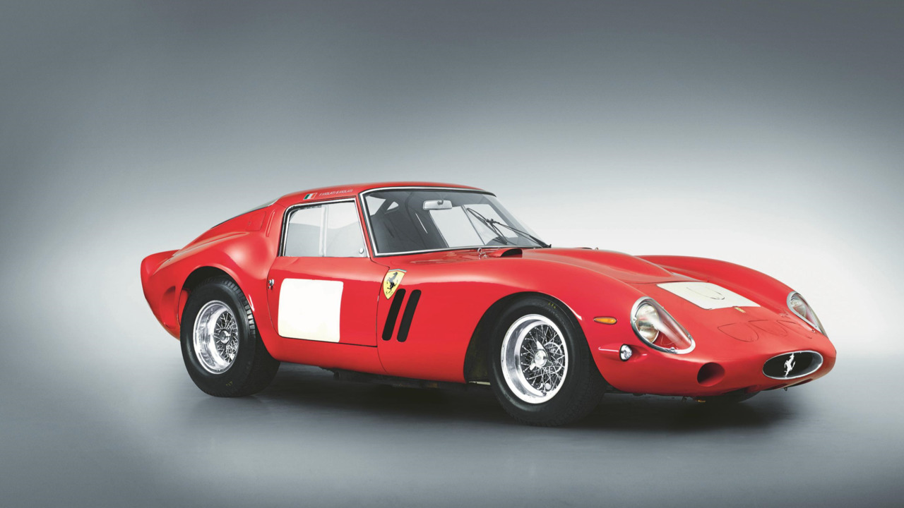 Collector car values outperforming hedge funds