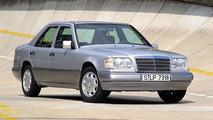 Mercedes-Benz sedan 124 series