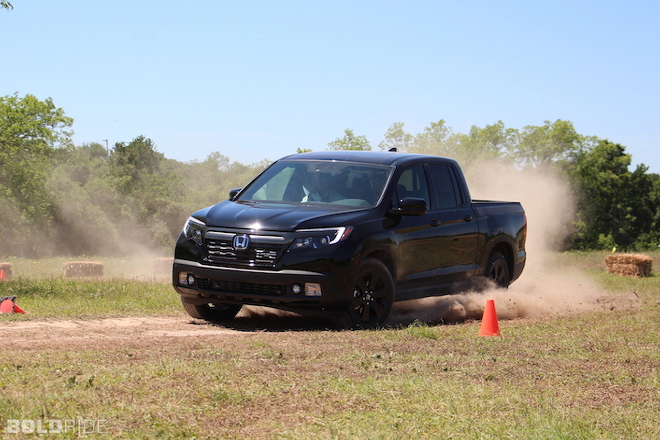 2017 Honda Ridgeline Begs the Question: Why Settle for Worse?